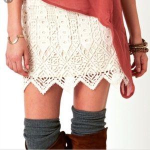 Jens Pirate Booty Lace Mini Skirt